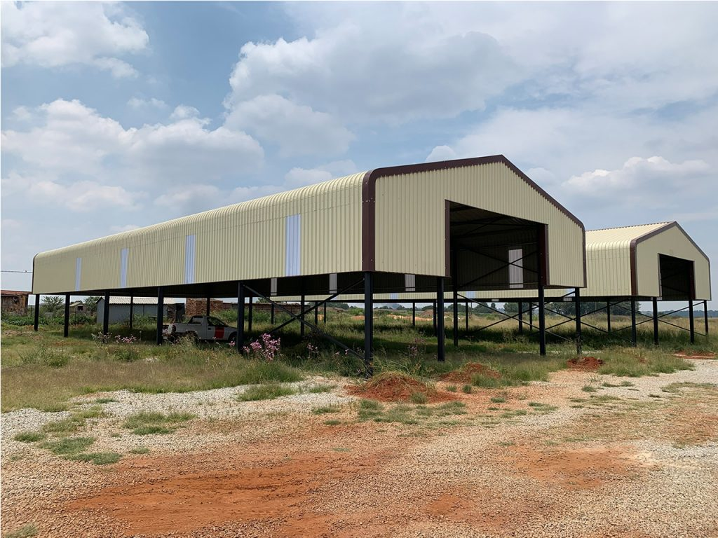 Dynamic pools, warehouse, steel structure